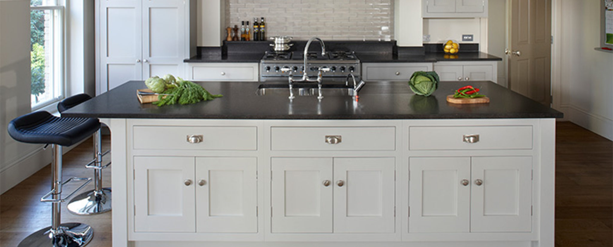 Esher Kitchen Design by Brayer - Traditional Country Shaker Style Kitchen