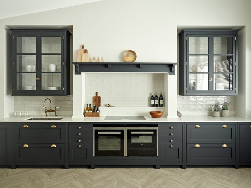 Kitchen Display at the Brayer Design studio and office in Surbiton - Showroom display dark blue shaker kitchen