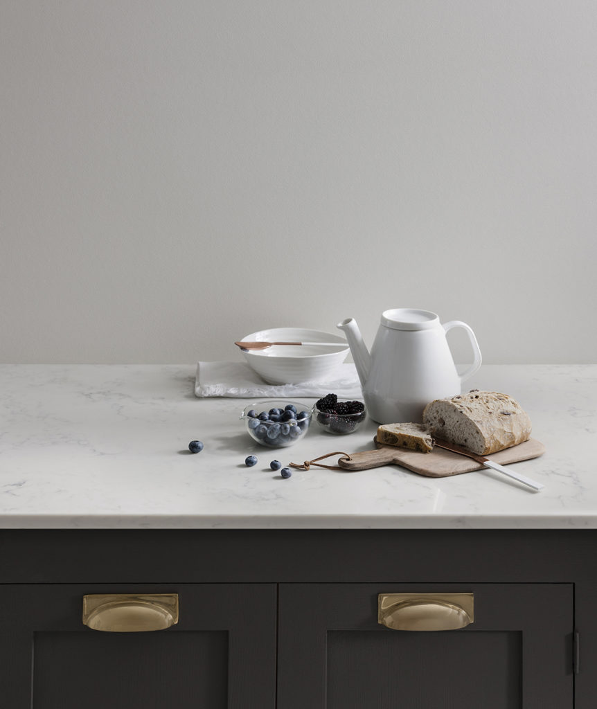 Marble-Effect Lucern Lake Radianz Quartz Worktop with Dark Kitchen Cabinets